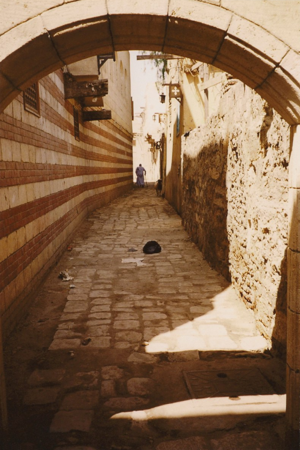 Alleyway between the Hanging Church and Ben Ezra Synagogue