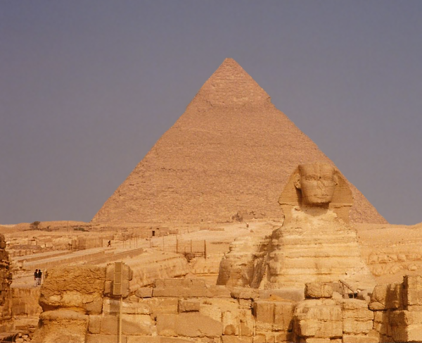 The front-on view from the east, seems to associate the Sphinx with Khafre's Pyramid complex (Photo by Keith Payne)