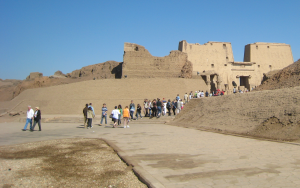 View of Tell Edfu and the Great Temple of Horus from the South Quarry area (Photo by Gloria Euyoque)