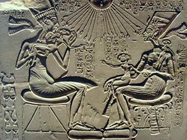 Akhenaten, Nefertiti, and their children being blessed by Aten (Photo by Gerbil)