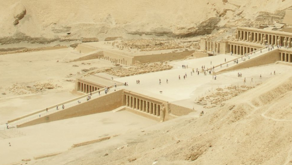 Again drawing on the double-tiered causeway at Deir el-Bahri for inspiration—what the two ramps at levels 36 and 37 may have looked like (Photo by Vyacheslav Argenberg)