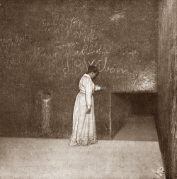 An unlikely fit—entrance to the King's Chamber. Note the northern intercom shaft in the wall (Photo by John and Morton Edgar)