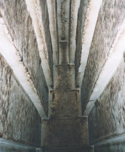 Corbelling in Snefru's burial chamber in the Red Pyramid (Photo by Hajor)