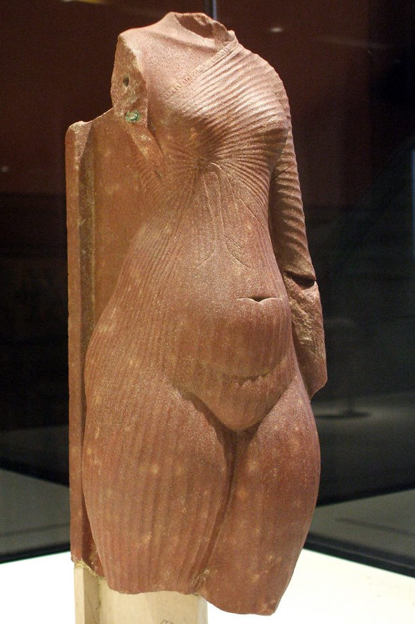 Body of a princess, possibly Meritaten. Quartzite. Département des Antiquités égyptiennes E 25409 (Lily Quelquechose, contrib.)