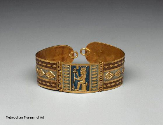 Bracelet with image of Hathor (Yvonne Buskens, contrib.)