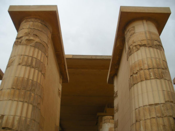Columns in the entrance hall (Photo by Heidi Kontkanen)