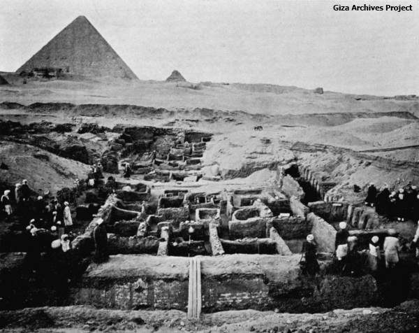 Menkaure's Valley Temple being excavated by Reisner's team (Giza Archives Project)