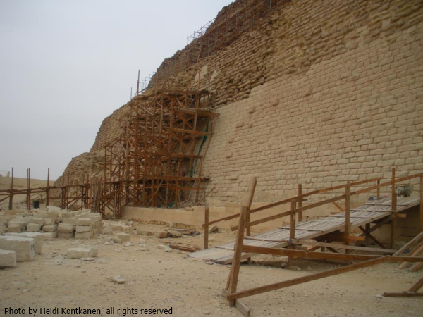 New stone built over the south side of Djoser's Pyramid (Photo by Heidi Kontkanen, 2011)