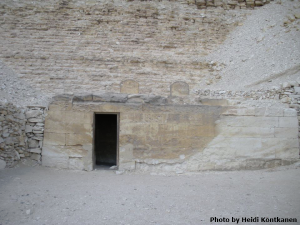 The mortuary chapel at Meidum with the two round-topped blank stele showing (Photo by Heidi Kontkanen)