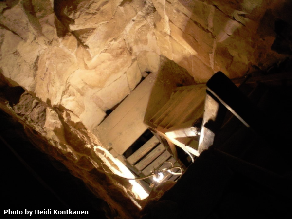 The vertical shaft going up to the burial chamber at Meidum, the stairs are a modern addition (Photo by Heidi Kontkanen)
