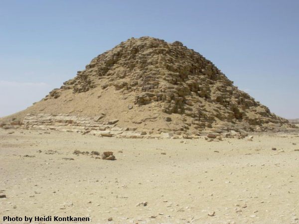 The satellite pyramid at the side of the Bent Pyramid (Photo by Heidi Kontkanen)