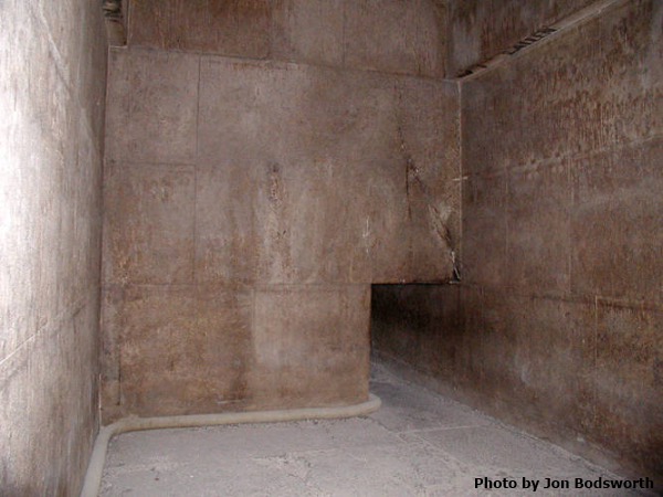 Passage from the second back to the first chamber in the Red Pyramid (Photo by Jon Bodsworth)