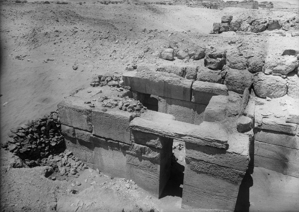External stone chapel of massive core mastaba G 4240, looking west-southwest, photo courtesy of the Giza Archives maintained by Harvard University and the Museum of Fine Arts Boston, online at Digital Giza.