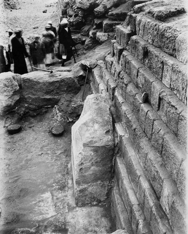 A monolithic false door concealing the slab stela of Iunu, G 4150, looking south-southwest, photo courtesy of the Giza Archives maintained by Harvard University and the Museum of Fine Arts Boston, online at Digital Giza.